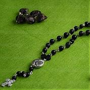 Necklace making instructions-How to make a rosary necklace with beads and eyepins
