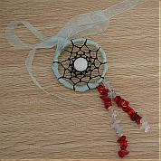 How to make a dreamcatcher necklace with ribbon