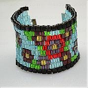 How to make a beaded cuff bracelet- beaded cuff bracelet fully decorated with blooms patterns