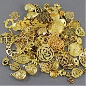 Pendants in golden--your first choice