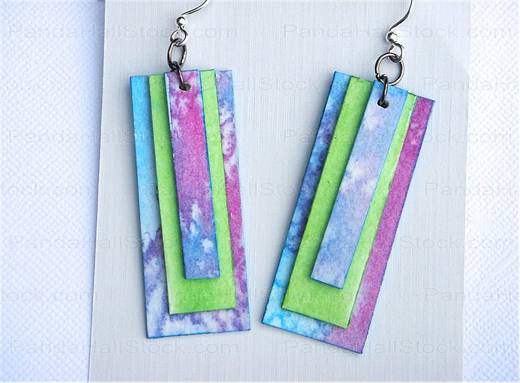 How to Make Paper Jewelry