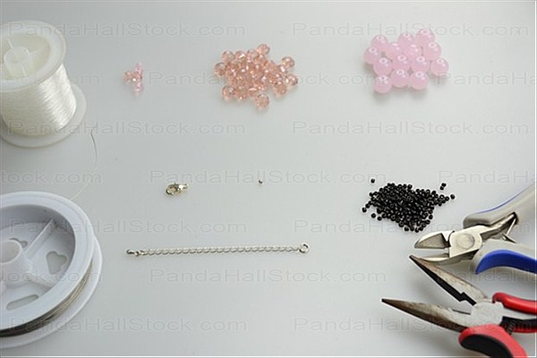 Materials in how to make a bead bracelet