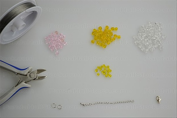 Tools used in instructions for making beaded bracelets