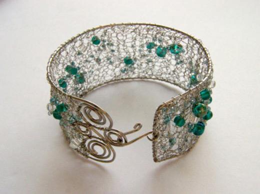wire bangles