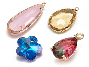 Glass Pendants Up to 85% OFF