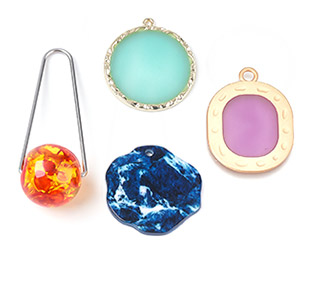 Resin Pendants Up to 85% OFF