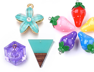 Resin Pendants Up To 35% OFF